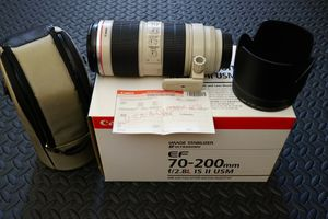 Canon 70-200mm f/2.8L IS II USM lens for Sale in San Diego, CA