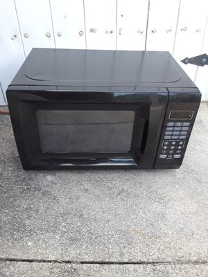 Countertop microwave for Sale in Jupiter, FL