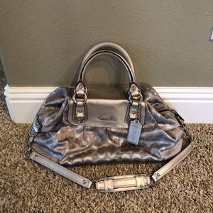Silver Coach Bag for Sale in Las Vegas, NV