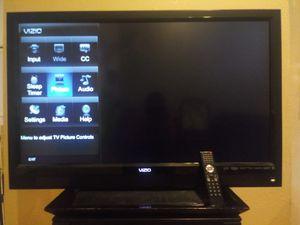 VIZIO 42inch Flat Screen TV for Sale in McAllen, TX