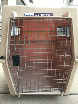 Dog crate - Vari Kennel by Petmate for Sale in Chico, CA