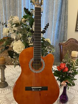 brown fever classic acoustic guitar for Sale in Bell Gardens,  CA