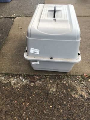 Med Dog Crate for Sale in Pittsburgh, PA