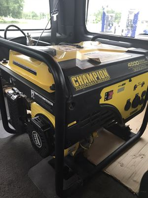 Champion Power Equipment 4500/3650-Watt RV Ready Portable Generator (CARB) like new $365 cash only Price is firm for Sale in Apopka, FL