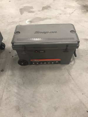 Snap on tools cooler for Sale in Murfreesboro, TN