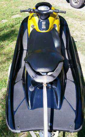Yamaha jet ski jetski