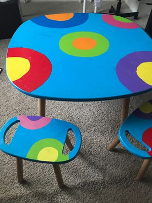 Kids desk / table with stools for Sale in Bothell, WA