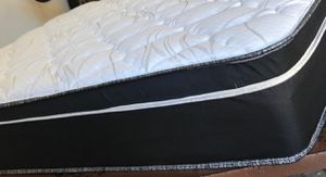 NEW QUEEN PILLOWTOP MATTRESS AND BOX SPRING ALL NEW /BED FRAMES ARE NOT INCLUDED for Sale in Miami, FL