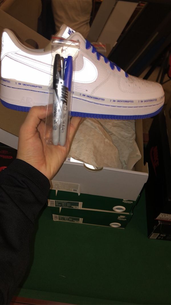 Size 10 more than athlete Air Force never worn❗️