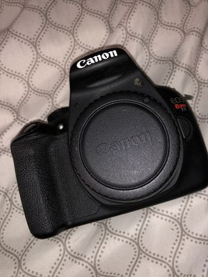 Cannon t5 with four lenses (50mm,18-55,telephoto,wide angle for Sale in Bristol, RI