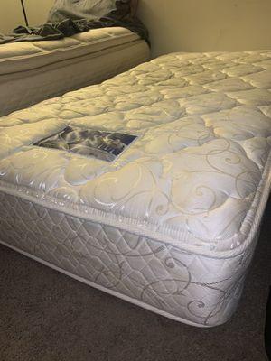 Free twin mattress for Sale in Miami, FL