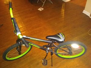 HUFFY KIDS BIKE for Sale in Atlanta, GA