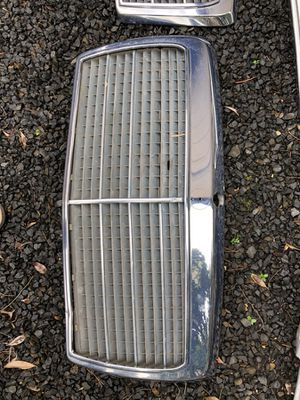 W124 Grille for Sale in Beaverton, OR