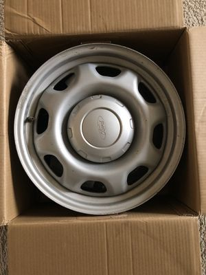 Ford f150 WT rims size 17 Inch for Sale in Ames, IA