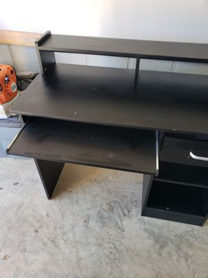 Wood Computer Desk for Sale in Columbus, MS