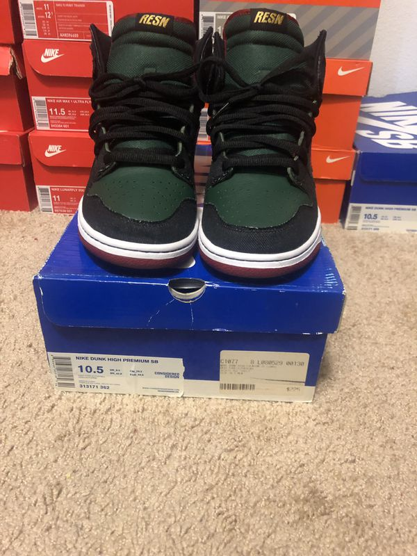 "timeless design 045e8 03336 Nike SB Dunk ""RESN"" for Sale in Rancho Cucamonga, CA - OfferUp"