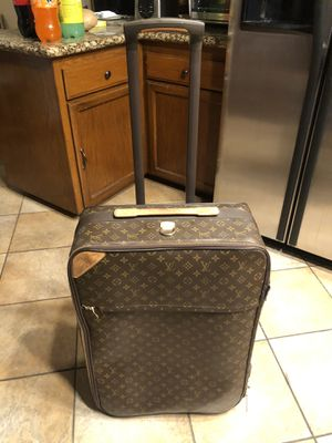 Original Louis Vuitton Rolling Luggage bag for Sale in Norco, CA
