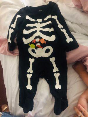 6 months skeleton onesie for Sale in Los Angeles, CA