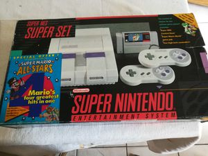 Super Nintendo & 4 games everything original for Sale in Miami, FL
