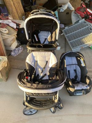 Sit N Stand Double Stroller with Car seat for Sale in Yuma, AZ