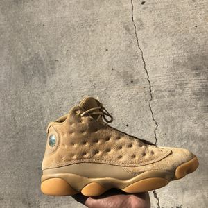 Jordan 13s Size 12 With Box No Low Ballers for Sale in Los Angeles, CA