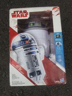 Star Wars smart R-2 D-2 brand new in Box for Sale in Lake Stevens,  WA