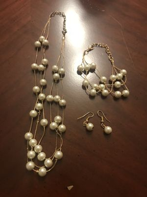 Pearl necklace set for Sale in Arlington, VA