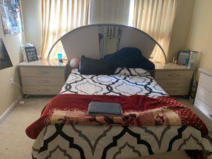 bedroom set for Sale in Manassas Park, VA