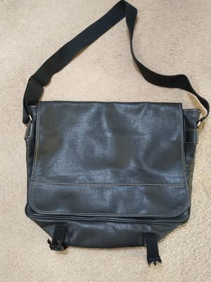 GAP messenger style large black bag or purse for Sale in Lacey, WA