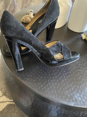 Suede Michael Kors. Very nice I. Person for Sale in Phoenix, AZ