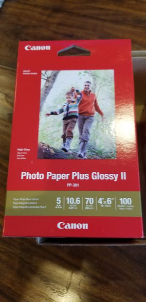 Canon Glossy Paper 2 for Sale in Los Angeles, CA