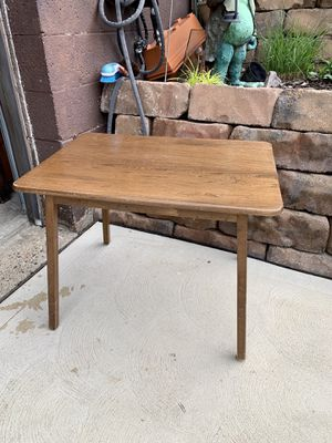 """Pick up today vintage mid century modern solid wood large end table $20 clean non-smoking home, 28""""x20""""x21""""h for Sale in Monroeville, PA"""