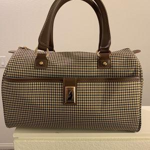 London Fog Duffle Bag for Sale in Aliso Viejo, CA