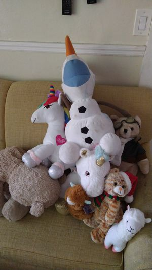 8 Stuffed animals $8 for Sale in Oakland Park, FL