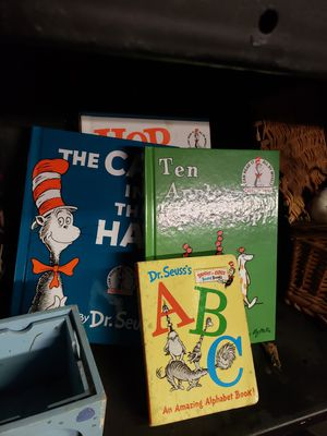Dr. Seuss brand new books with new book bag for Sale in Duncanville, TX