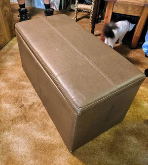 Brown ottoman 33x17 and 18 tall good condition 3 hinges to open up for storage inside for Sale in Ocean Ridge, FL