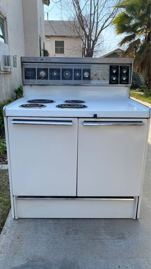 Vintage Frigidaire Stove for Sale in Bakersfield, CA