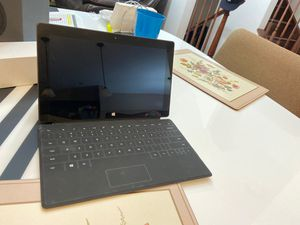 Microsoft Surface RT 32 GB with surface touch keyboard for Sale in Morton Grove, IL