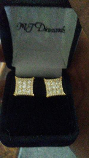 Diamond earrings for Sale in Detroit, MI
