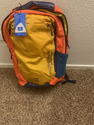 eagle creek Wayfinder Backpack 30L for Sale in Scottsdale, AZ