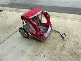 Instep bike trailer for 2 kids for Sale in Warwick, RI