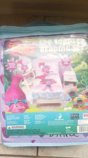 Purple 4pc Trolls bedding set for Sale in Decatur, GA
