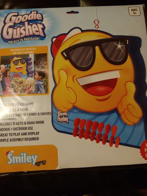 Goodie Gusher Pinata Birthday Party Game for Sale in Mission Viejo, CA