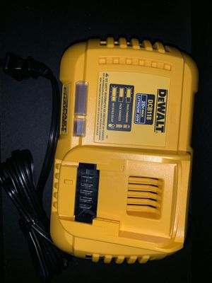 Dewalt DCB118 20V Lithium Ion Fast Charger for Sale in Phoenix, AZ