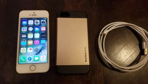 Unlocked Apple iPhone 5S 16GB Gold- Great Condition AT&T T-Mobile Cricket MetroPCS for Sale in Colorado Springs, CO