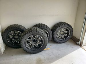 """33"""" OFF ROAD TIRES AND WHEELS! Set of 4 for Sale in Rancho Cucamonga, CA"""