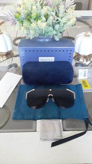 Gucci GG0291S sunglasses for Sale in North Hollywood, CA