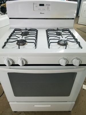 AMANA GAS OVEN FOUR BURNERS STOVE for Sale in Waterbury, CT