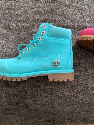 Girls Timberland boots size 6 $30 each for Sale in Cranston, RI