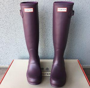 100% Authentic Brand New in Box Hunter Original Rain Boot / Color Grape Purple / Women size 8 for Sale in Walnut Creek, CA